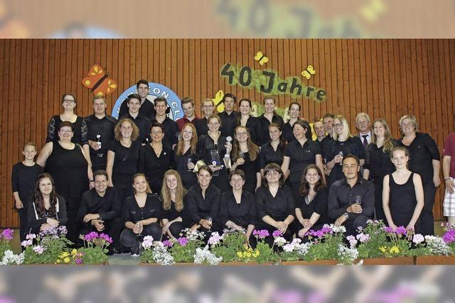 Akkordeongruppe holt Titel