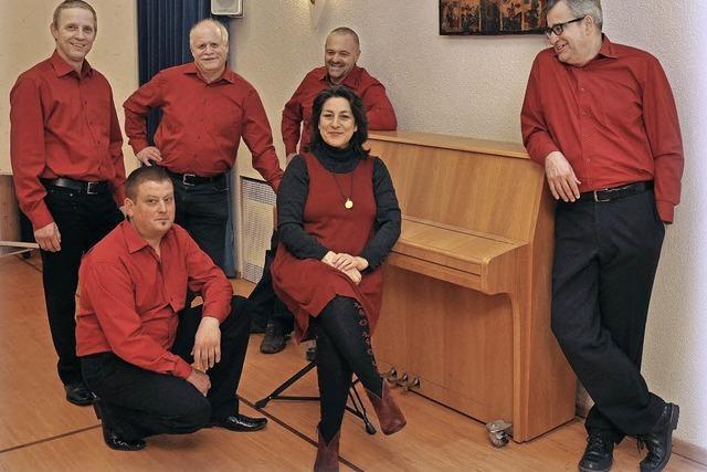 Maihock mit der A-Capella-Gruppe Stimmbänd in Emmendingen