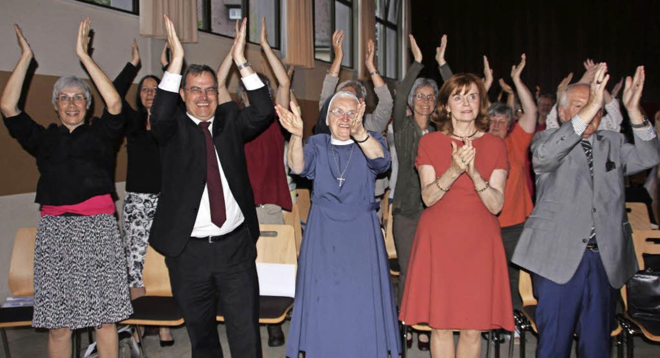 Mit einer Mitgliederversammlung der be...x-Carl Müller (erste Reihe von links).  | Foto: Sabine Model