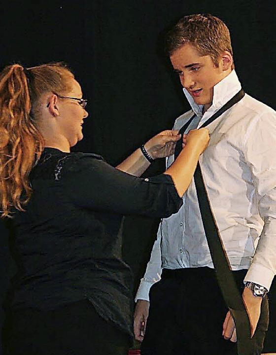 Christie Ross (Sophia Bergmann) war gl... das Klassenexperiment zu realisieren.  | Foto: Karin Heiß