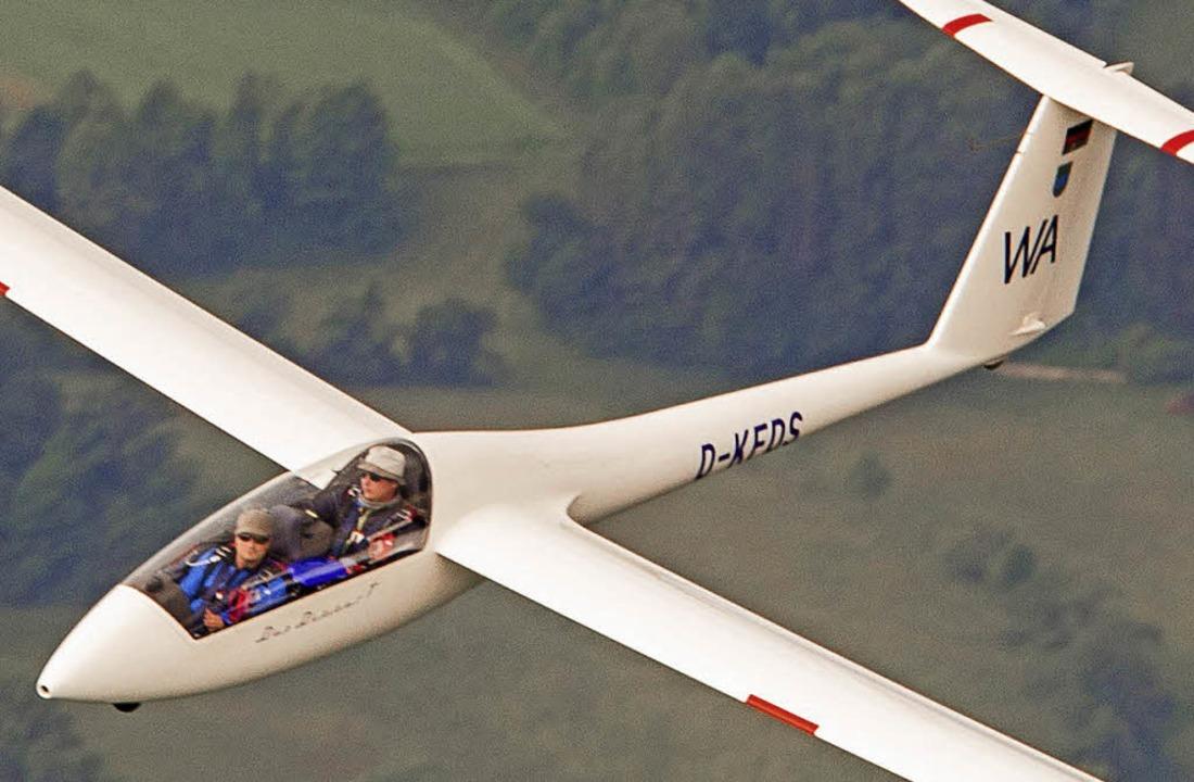 In der Luft: Sportleiter Alexander Wie...der Luftsportgemeinschaft Hotzenwald)   | Foto: Maximilian Conrad
