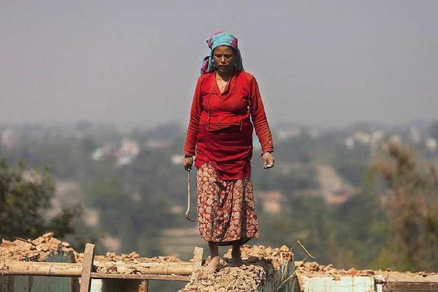 Ein Monat nach dem Erdbeben: Nepal leidet
