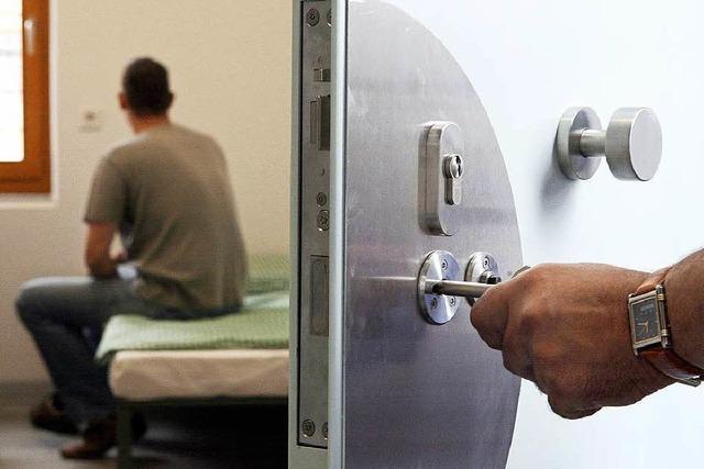 Gefängnis-Entscheidung naht: Meßstetten oder Rottweil