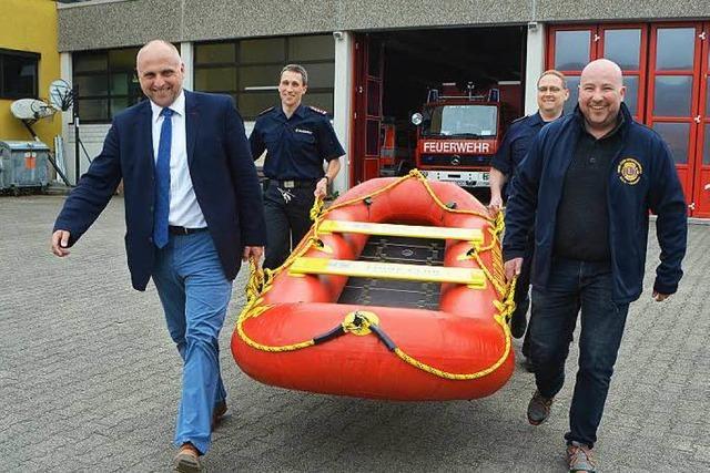 Ein Rettungsboot für die Feuerwehr