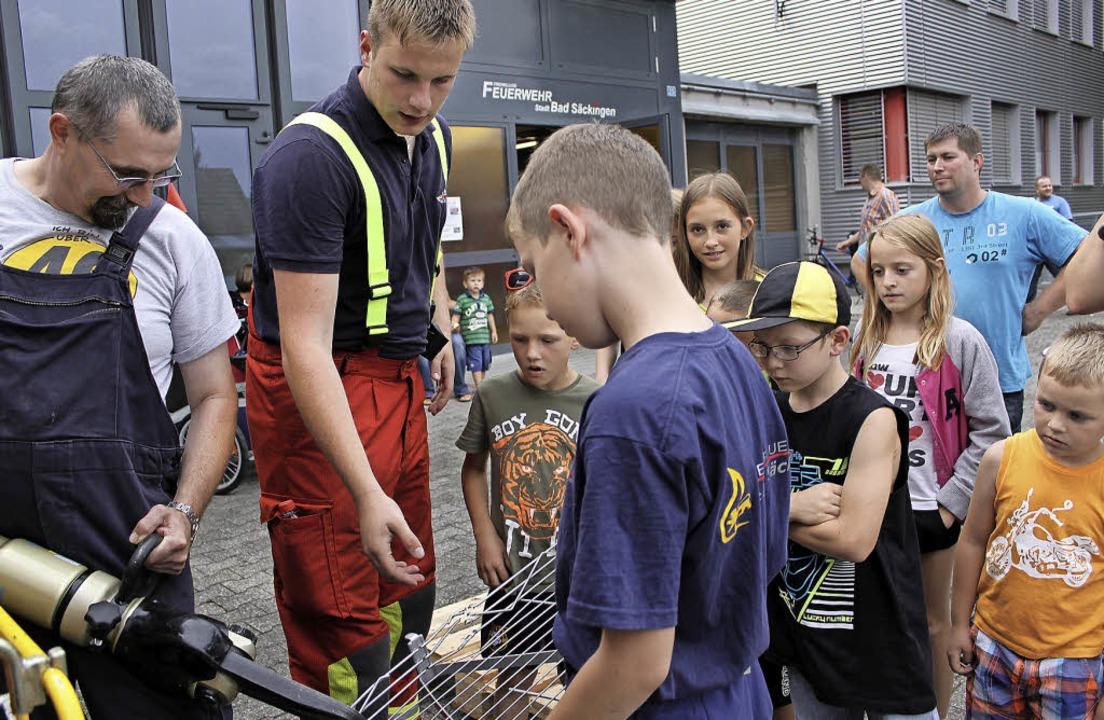 Bei der Feuerwehr hatten die Kinder im...m Programm des Sommerferienprogramms.   | Foto: Archivfoto: Nina Witwicki
