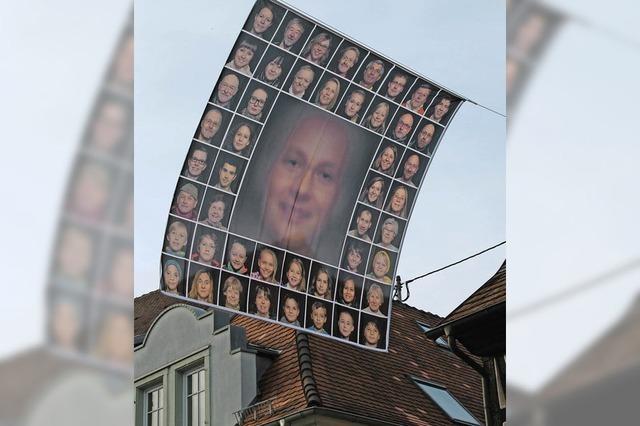 Kunstaktion mit Gesichtern Endingens