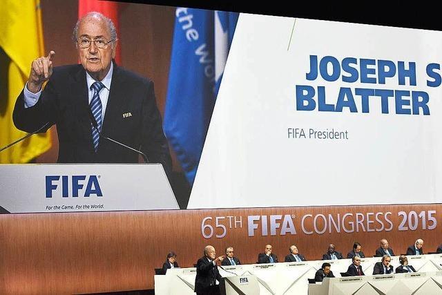 Blatter weist Schuld an Fifa-Skandal von sich