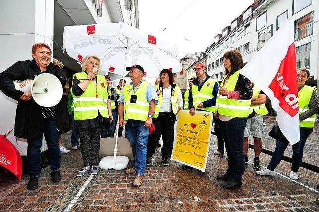 Zusteller der Deutschen Post im Streik