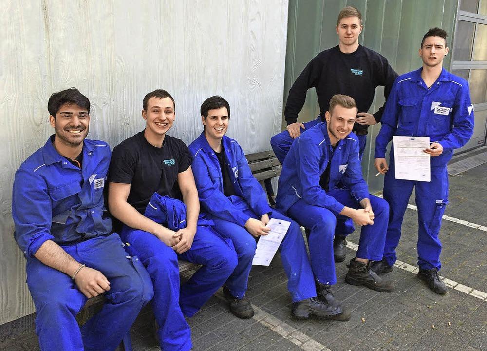 Können stolz sein auf ihre Leistungen:...ene Rengers, David Fritz (von links).   | Foto: Wehrle-Werk