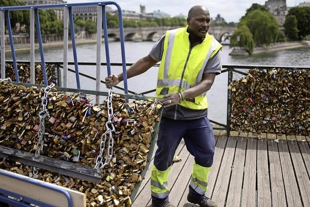 Paris entfernt Liebesschlösser von der Pont des Arts