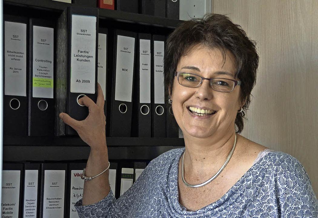 Ulrike Meister hat in ihrem neuen Büro schon fast alles eingeräumt.  | Foto: Andrea Gallien