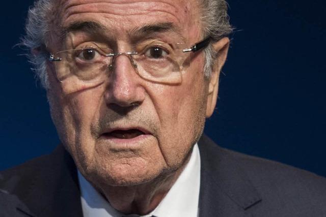Paukenschlag bei der Fifa: Präsident Blatter tritt zurück