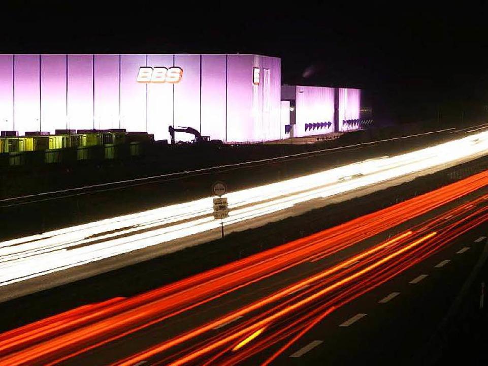 Markant: BBS-Werk nahe der Autobahn 5 in Herbolzheim     Foto: Patrik Müller