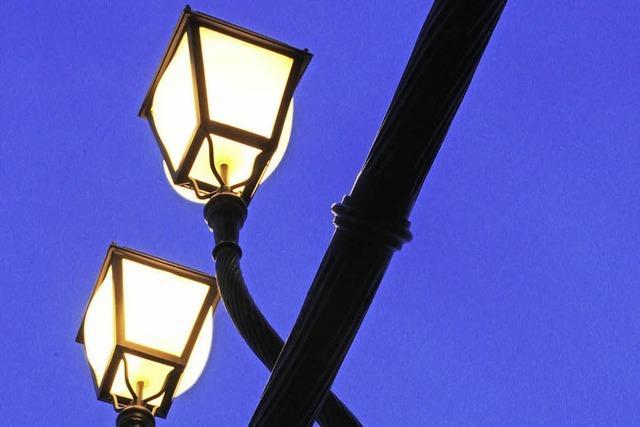 Die Straßenbeleuchtung bleibt im Dorf