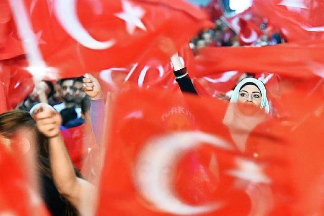 Parlamentswahlen: Weichenstellung in der Türkei