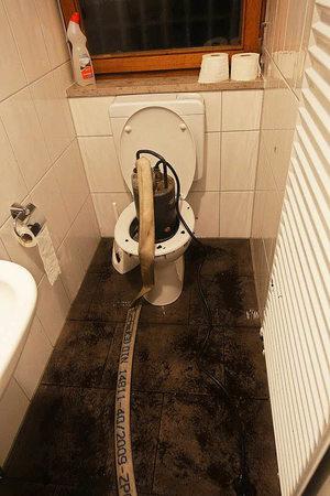 bonndorf starkregen unwetter setzt stra en und keller unter wasser badische. Black Bedroom Furniture Sets. Home Design Ideas