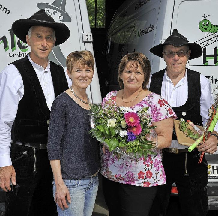 Firmenchef Norbert Helmle und seine Fr... und dankten auch seiner Frau Ingrid.   | Foto: Horst Dauenhauer