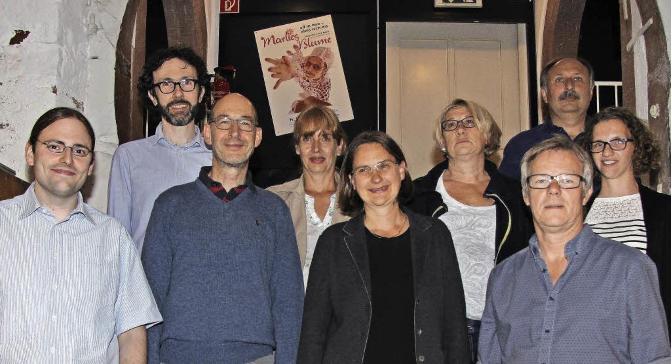 Der neue Vorstand (von links): Matthia...rwa, Rebecca Fischer (Schriftführerin)  | Foto: EJ