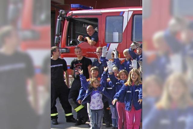 Drei neue Feuerwehrautos