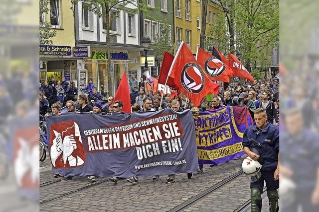 Freiburger Polizei rechtfertigt Razzia im Linken Zentrum