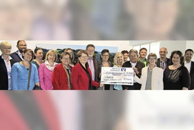 6400 Euro für die Schulen im Hochschwarzwald