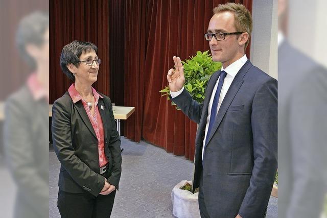 Benjamin Bohn wurde als Vogtsburger Bürgermeister vereidigt