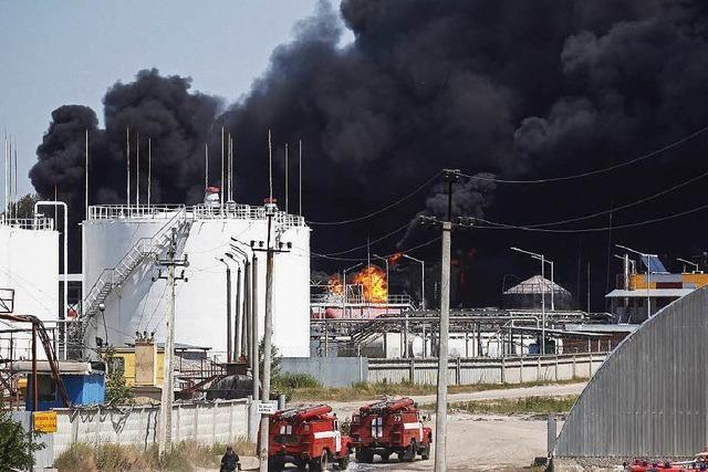Treibstofflager bei Kiew brennt weiter