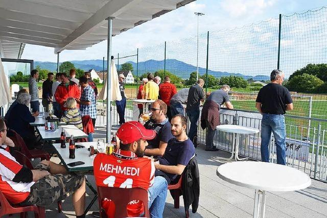 Buggingen: Neue Sportgaststätte eröffnet