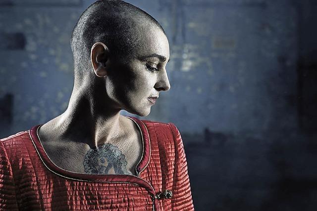 Sinéad O'Connor und andere in der Augusta Raurica