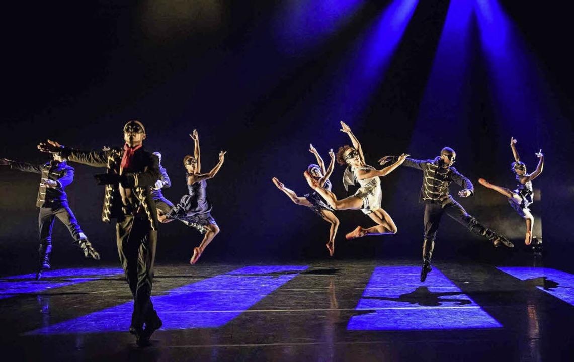 Das Londoner Ballet Black feiert nächs...m Burghof seine Deutschland-Premiere.   | Foto: Bill Cooper