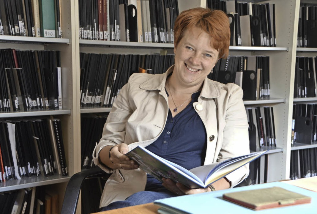 Annika Frieberg, Assistant-Professorin...rscht im Emmendinger Tagebucharchiv.      Foto: Gerhard Walser