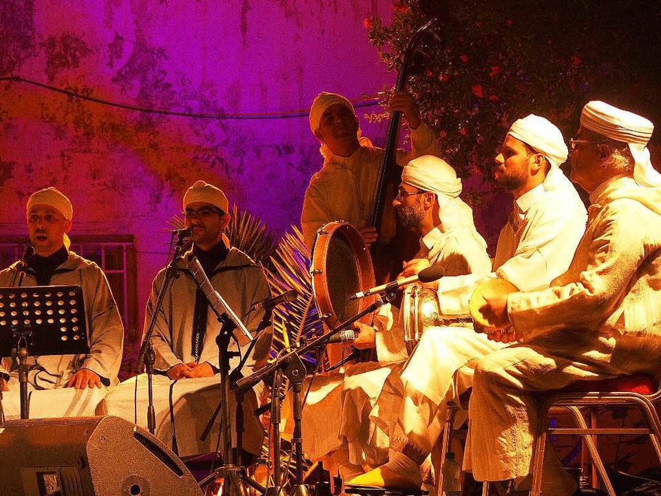 Nächtliche Sufi-Zeremonie: Târiqa Machichiya  | Foto: Stefan Franzen