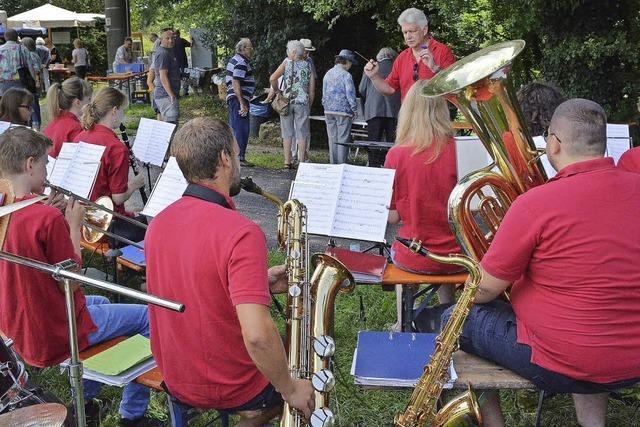 Das Fährifest sorgt für Hochbetrieb am Rhein