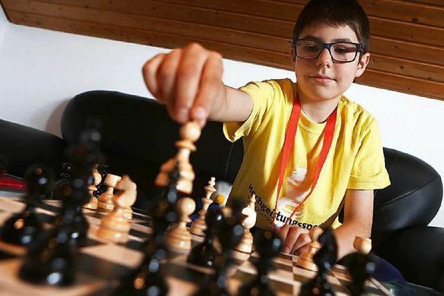 Andrei Ioan Trifan ist deutscher Jugendmeister im Schach