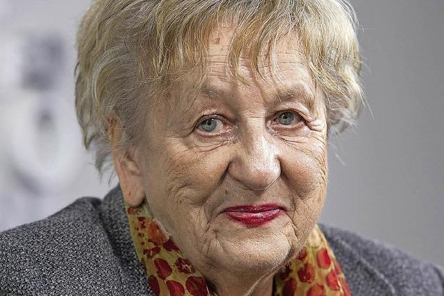 Die Grand Dame des deutschen Krimis in der Buchhanldung Schwab