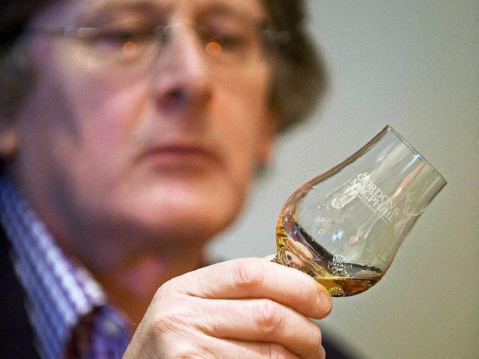 Wenn Whisky nach Torf schmeckt –...eist von der schottischen Insel Islay.  | Foto: DEREK BLAIR