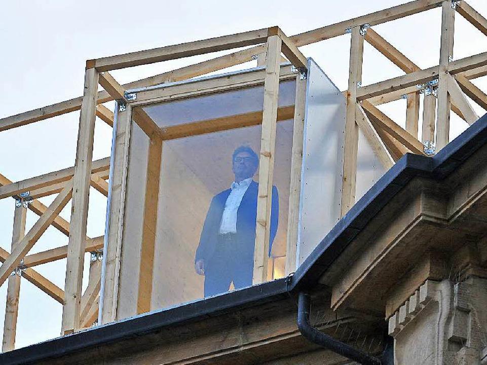 Oberbürgermeister Salomon stand still ...gte er, habe er bewusst nicht gemacht.    Foto: Michael Bamberger
