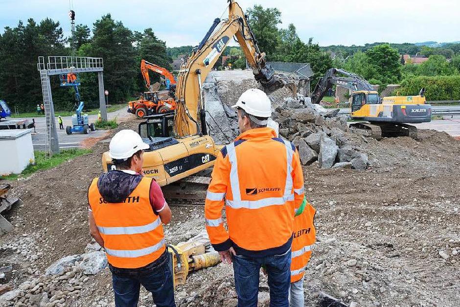 Bilder von der Baustelle am Samstagabend und Sonntagvormittag (Foto: Hannes Lauber)