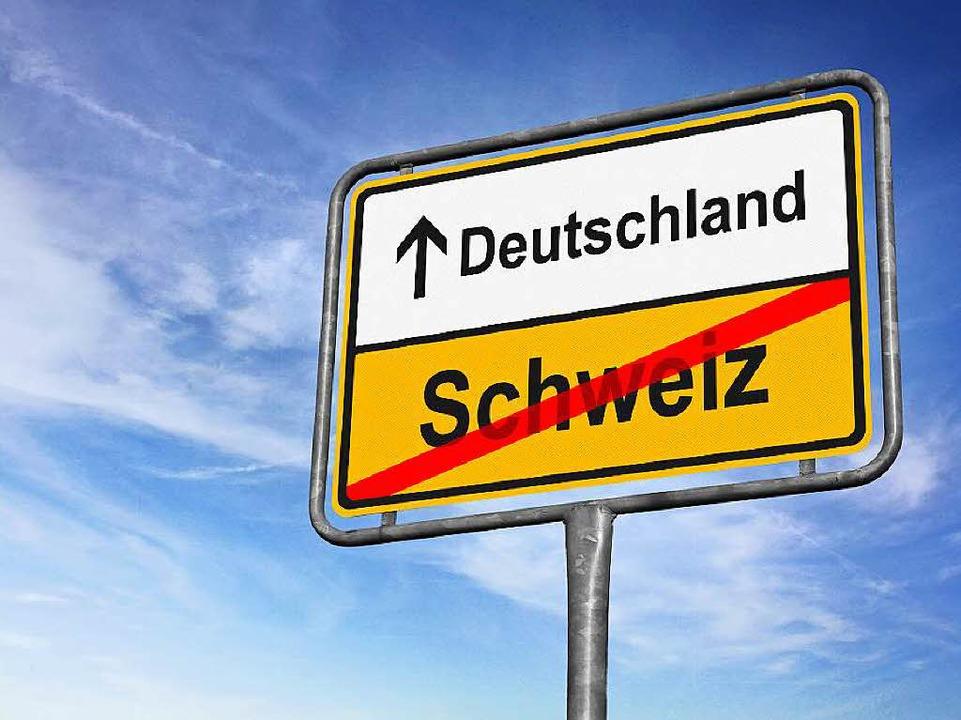Von der Schweiz nach Deutschland fahre...nossen, um ihre Einkäufe zu erledigen.