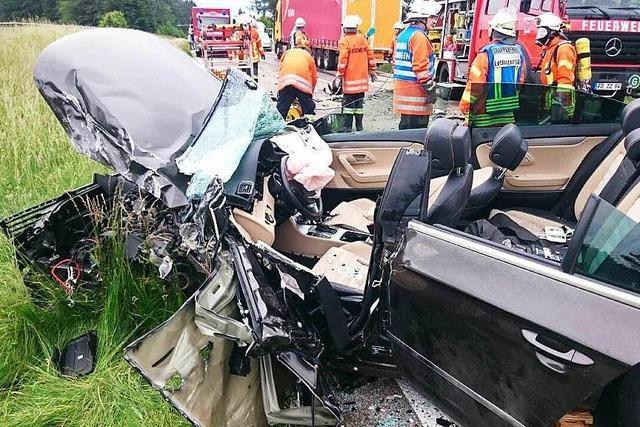 Schwerer Unfall zwischen Löffingen und Neustadt – B 31 voll gesperrt