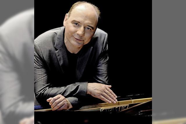 Der Pianist Igor Kamenz im Forum Merzhausen