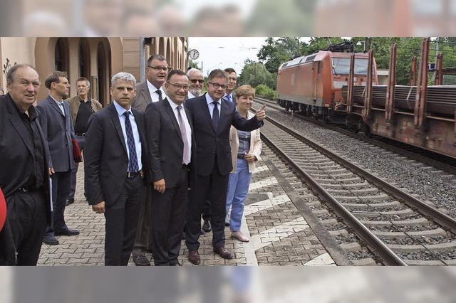 Guido Wolf in Kenzingen - und Ärger über neue Bahn-Forderungen