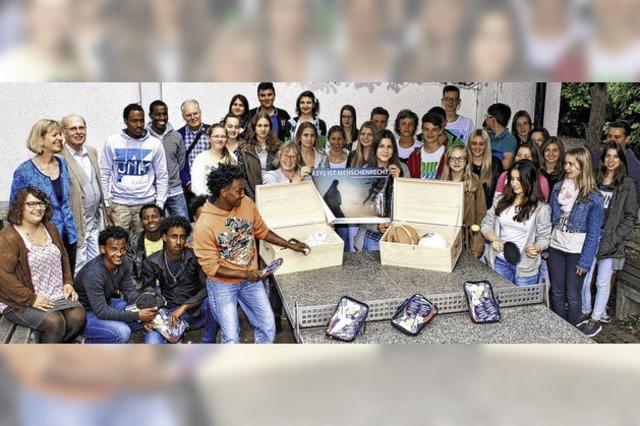 Schüler helfen Flüchtlingen