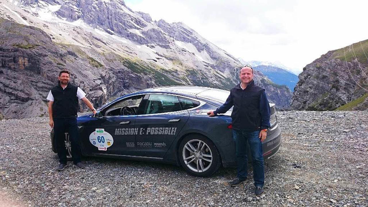 Mit Strom über Alpenpässe – auch...in alltagstaugliches Auto kein Problem  | Foto: privat