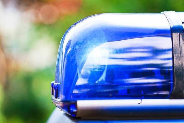Spaziergänger finden brennende Leiche in Offenburg