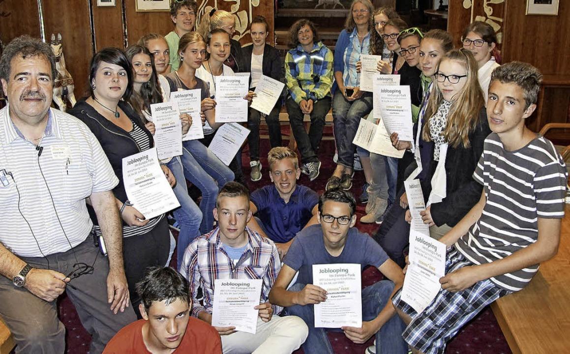 Schüler des BBZ Stegen  durften im Europa-Park verschiedene Berufe erkunden.  | Foto: privat