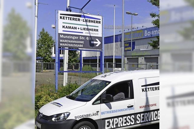 Ketterer & Liebherr sind seit Mai nach Hagelschaden im Notquartier
