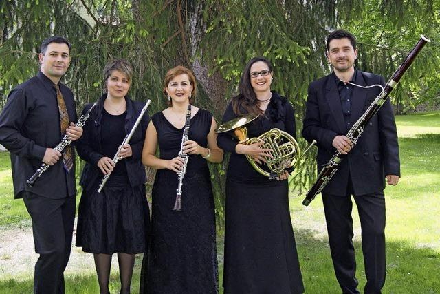Das Holzbläserquintett der Musikakademie Villingen-Schwenningen spielt im Kloster