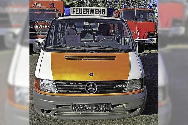 Freiburger Feuerwehr verkauft alte Einsatzfahrzeuge