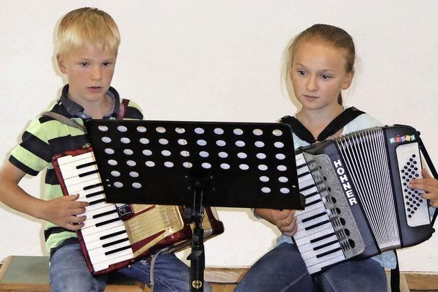 Viele Musikschüler zeigen ihr Können